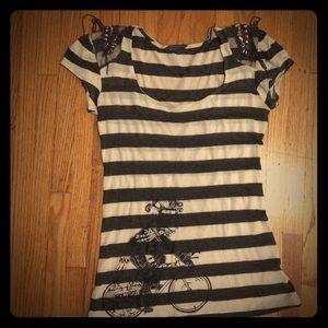 Tops - Rockabilly Xican@ Shirt w/Detail Cap Sleeves